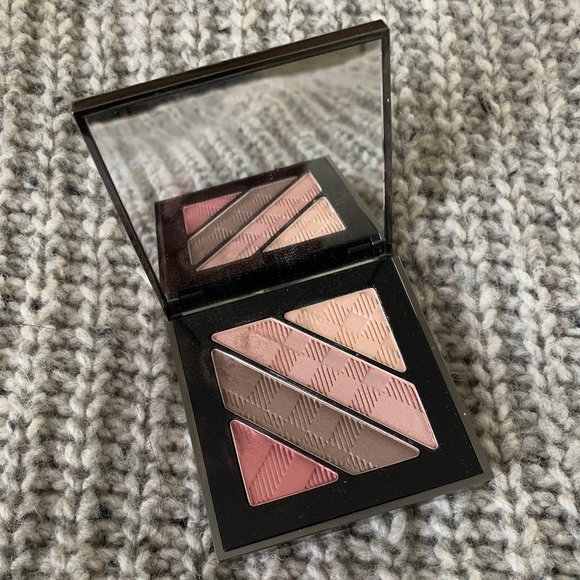 (Lightly Used) Burberry Eyeshadow Quad Rose Pink
